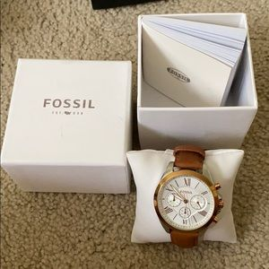 Fossil BQ3033 watch. Barely used.